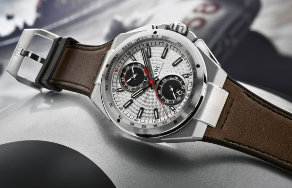 IWC Ingenieur Chronograph Silberpfeil IW3785 - Luxois