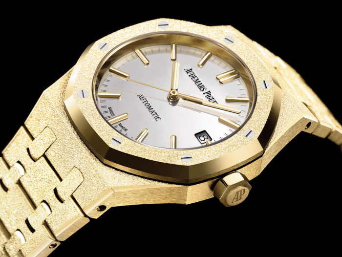 f162312c8 Once again, Audemars Piguet has joined its forces with Italian jewelry  designer Carolina Bucci for a precious new version of Royal Oak Frosted Gold .