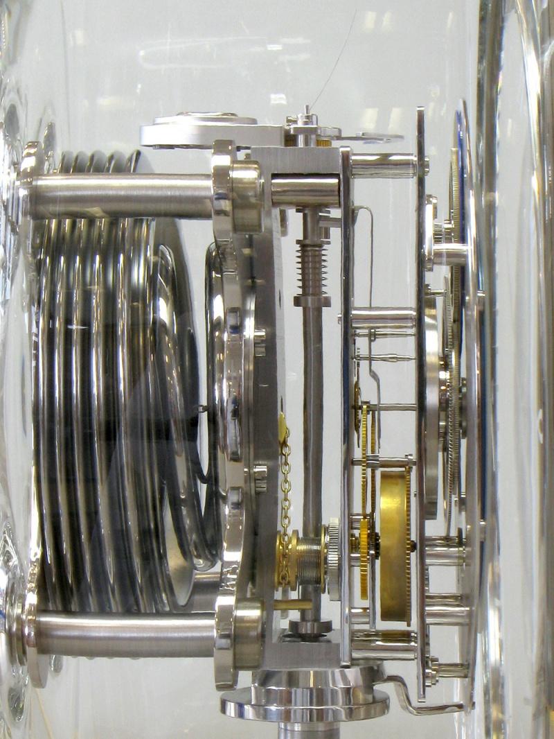 Jaeger lecoultre atmos du millenaire diamond jubilee for Jaeger lecoultre kinetic